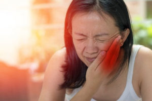Dr. Spencer offers TMJ treatment for headache relief to patients throughout Rancho Santa Fe, La Jolla, and Del Mar.